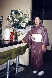 川反で店を経営していた頃=昭和62年