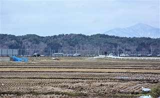 イオンタウンの出店候補地となっている秋田市外旭川の農地。新成人の多くが雇用創出や「遊ぶ場所が増える」ことに期待している