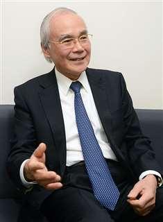 風車騒音について説明する町田名誉教授=千葉県船橋市、日本大学理工学部船橋キャンパス