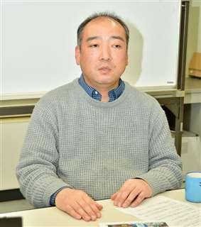 風車の影響を把握するための調査が必要だと指摘する藤原さん=新潟市の日本海区水産研究所