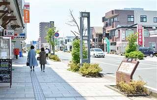 3~5月は閑散としていた秋田市の通町商店街=6月10日撮影