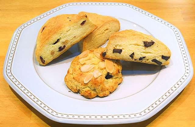 しっとりとした食感とバターの香りが特徴のスコーン