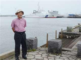 かつて水先案内船のエンジニアとして働いた秋田港で=今月3日