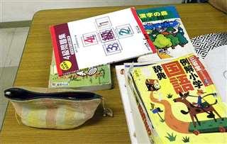 日本語教室で使っている辞書や参考書