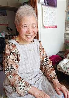 「地球上から、戦争がなくなってほしい」と語る恵美子さん