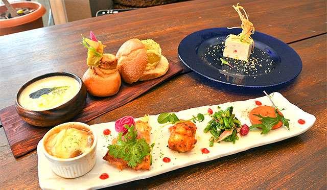 仙北市産の小麦粉を使った手作りパンとオーガニック野菜を使ったおかずが人気の「大地のめぐみのパンランチ」