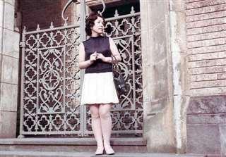 昭和40年代後半、東京の早稲田大大隈記念講堂前で
