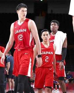 東京五輪に出場した(右から)八村、富樫、渡辺の3選手=7月29日、さいたまスーパーアリーナ